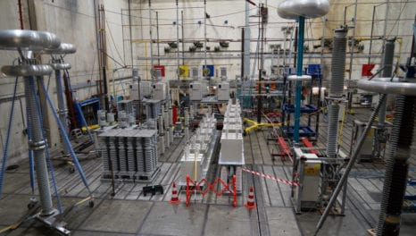 Control and protection for meshed HVDC transmission grids