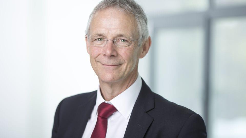 Cadent chief executive to retire